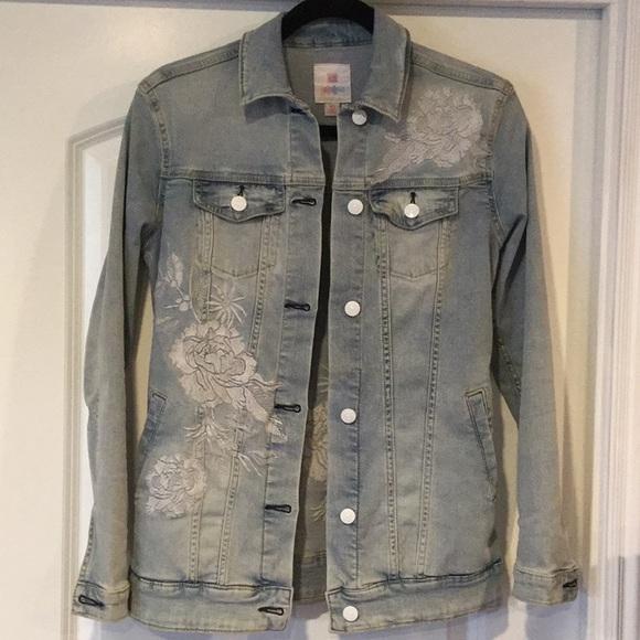 LuLaRoe Jackets & Blazers - LuLaRoe Jaxon Jean Jacket